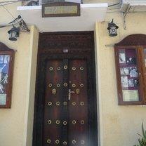 dom, w którym mieszkał Freddie Mercury