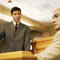 jak powinien zachować się świadek w sądzie