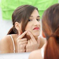 usuwanie kaszaków u kosmetyczki