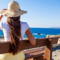 samotne wakacje nad morzem