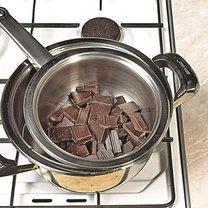 rozpuszczanie czekolady