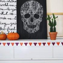 obraz czaszki ze sznurków na Halloween