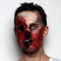 przerażający makijaż zombie