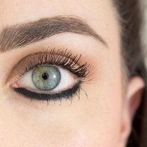 błędy z użyciem eyelinera - krok 2