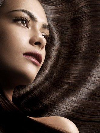 lśniące włosy