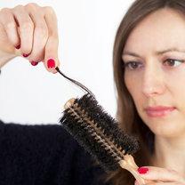 osłabione włosy
