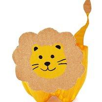 lew z papieru
