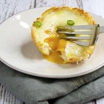 babeczka z jajkiem i serem