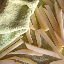 chrupiące frytki z piekarnika - krok 8