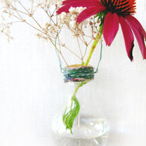 wazon z żarówki