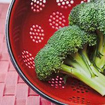 produkty przeciw rakowi piersi - brokuły