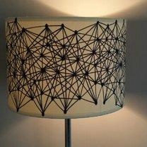 lampa w geometryczne wzory