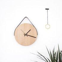 zegar ścienny z deski