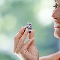 pierścionek z kamieniem szlachetnym
