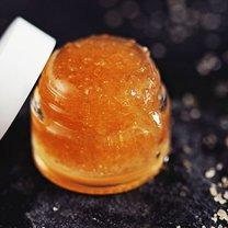 miodowo-cukrowy peeling do ust