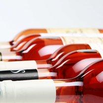 przechowywanie wina różowego
