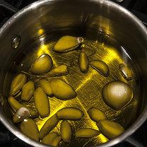 oliwa czosnkowa - krok 1