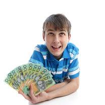 nastolatek i pieniądze