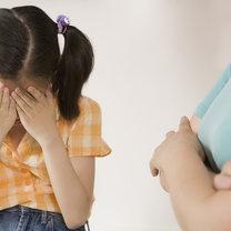 zastraszone dziecko