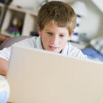 dziecko uzależnione od komputera