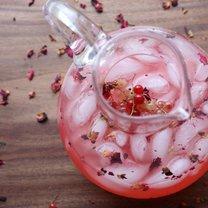lemoniada z czerwonej porzeczki