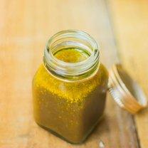sos miodowo – musztardowy do sałaty