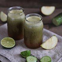 sok z zielonego jabłka i boćwiny