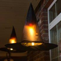 lampiony na Halloween - kapelusze czarownicy