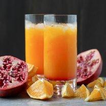 drink z rumem i sokiem pomarańczowym