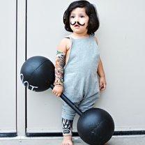 Jak zrobić przebranie dla dziecka w stylu siłacza?
