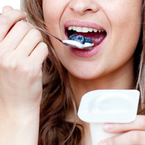 Jedz jogurt
