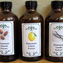 Jak zrobić domowy ekstrakt: waniliowy, cytrynowy i migdałowy