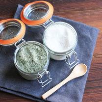Jak zrobić rozmarynową sól i cukier waniliowy?