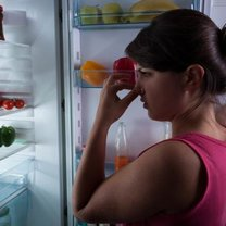 Nieprzyjemny zapach z lodówki