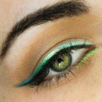 domowy eyeliner