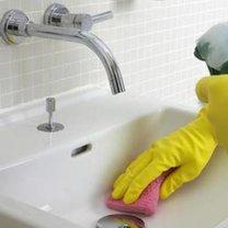 Domowy środek do czyszczenia umywalki