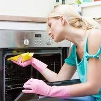 Jak wyczyścić piekarnik naturalnymi środkami