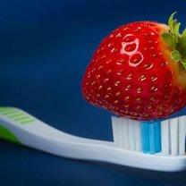truskawki wybielanie zębów