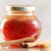 miód z cynamonem