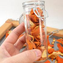 Jak zrobić domowy olejek pomarańczowy krok 2