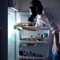 brzydki zapach z lodówki