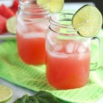 Orzeźwiający napój na upalne dni