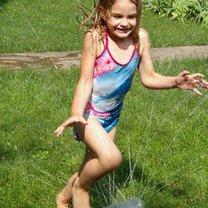 zabawy w ogrodzie dla dzieci