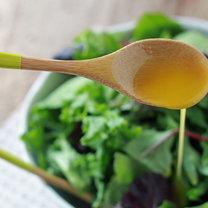 Pomarańczowy pikantny sos do sałatek krok 3