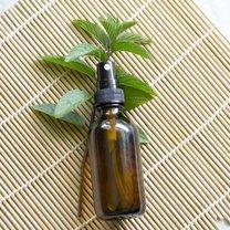 Spray przeciw trądzikowi