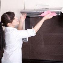 Jak usunąć tłuste plamy z okapu krok 3