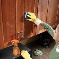 Jak wyczyścić szafki kuchenne