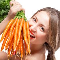 jedzenie marchewek