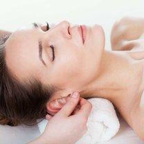 masaż uszu