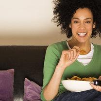 podjadanie z telewizorem